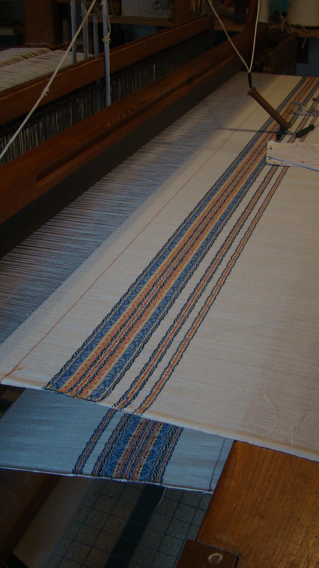 Produits du tissage artisanal de Locronan